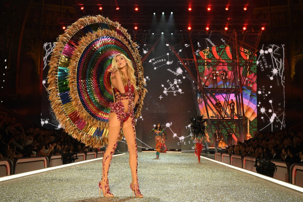 PARIS, FRANCE - NOVEMBER 30: Devon Windsor walks the runway during the 2016 Victoria's Secret Fashion Show on November 30, 2016 in Paris, France. (Photo by Dimitrios Kambouris/Getty Images for Victoria's Secret)