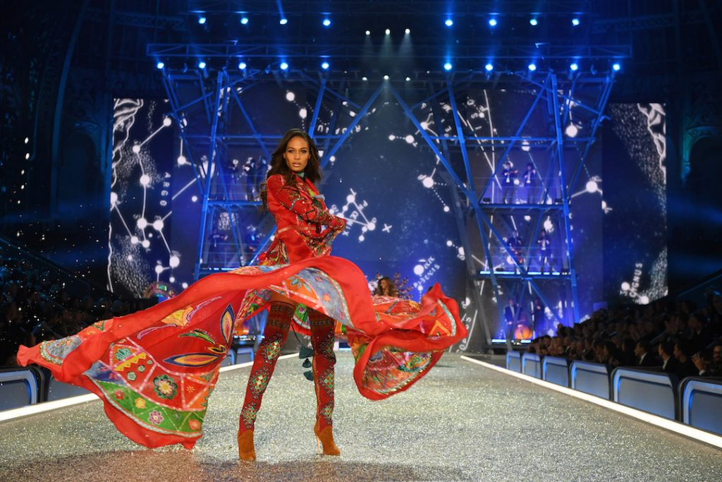 PARIS, FRANCE - NOVEMBER 30: Joan Smalls walks the runway during the 2016 Victoria's Secret Fashion Show on November 30, 2016 in Paris, France. (Photo by Dimitrios Kambouris/Getty Images for Victoria's Secret)